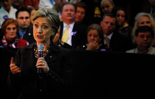 2295338186_f9a5e2120f_Hillary-Clinton